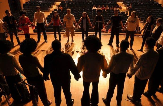 Teatralne BHP, czyli publiczność w dobie pandemii