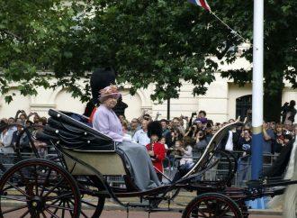 Uroczyste obchody urodzin królowej Elżbiety II odwołane