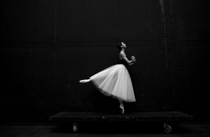 Szkoła baletowa. Nauka czy sztuka przetrwania?