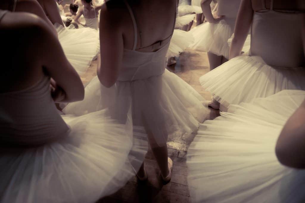 Baletnice podczas treningu