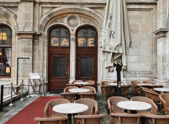 Samotnie przy kawie. Z wizytą w wiedeńskiej kawiarni!
